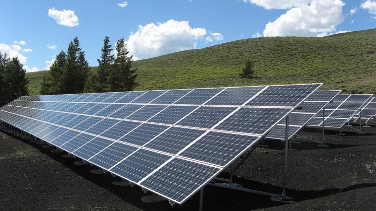 New Report Says Solar Is the Fastest-Growing Energy Source In the World